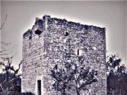 La-torre-in-una-vecchia-foto-in-bianco-e-nero