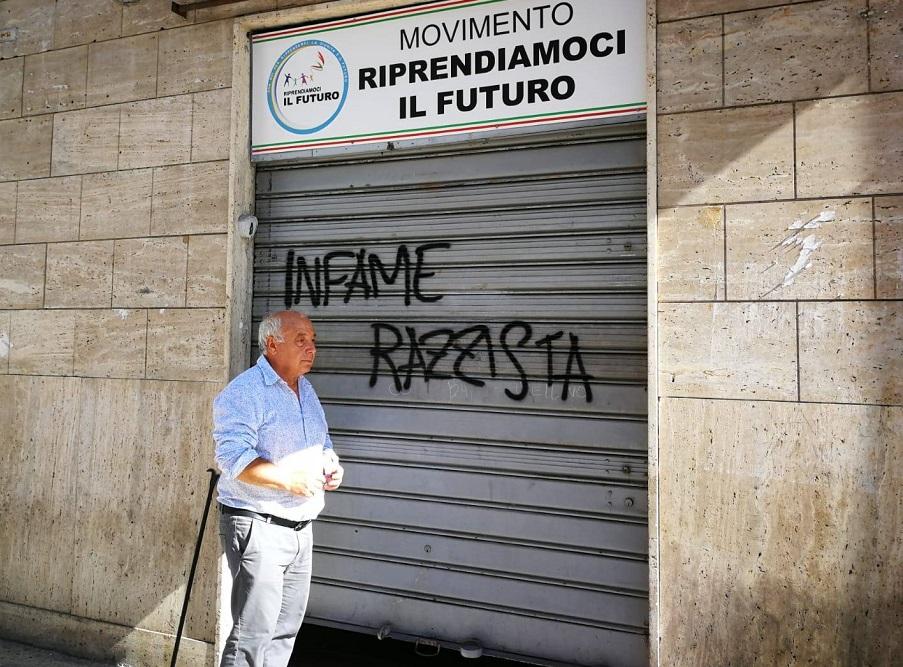 """A Bari Salvini """"proprio non piace"""""""