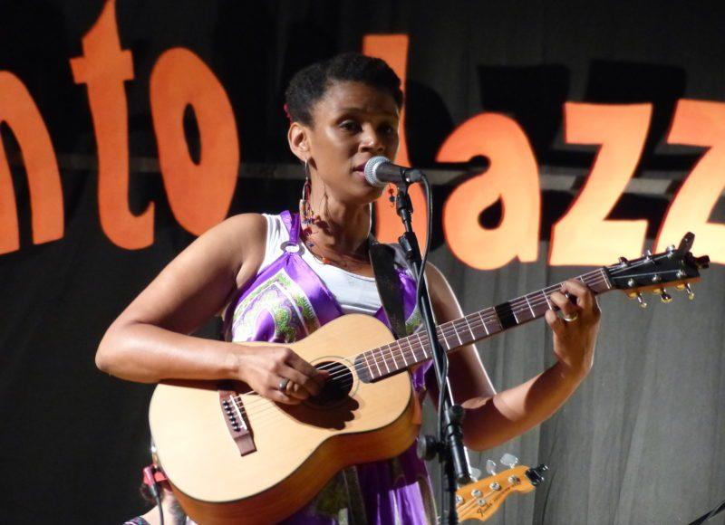 Carmen Souza Bitonto