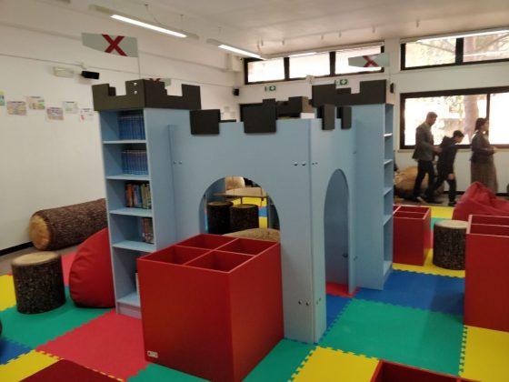 community library Adelfia